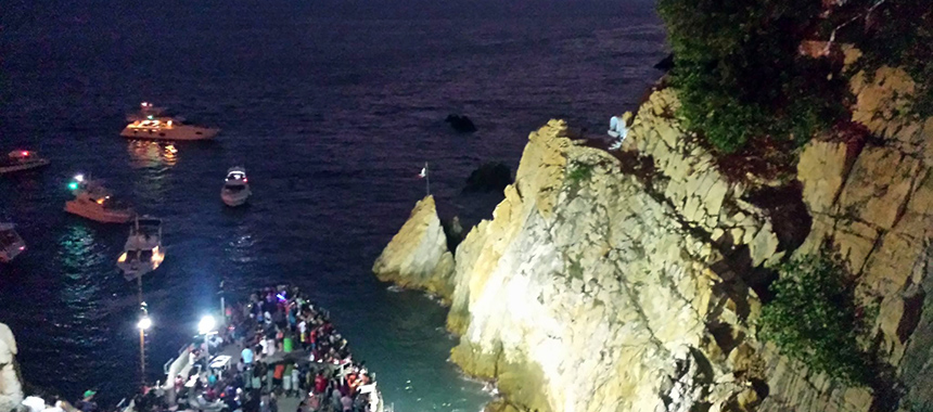 High cliff divers dinner & drinks